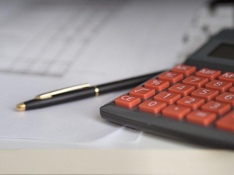 Ulgi i odliczenia w rocznym PIT pomogą obniżyć podatek