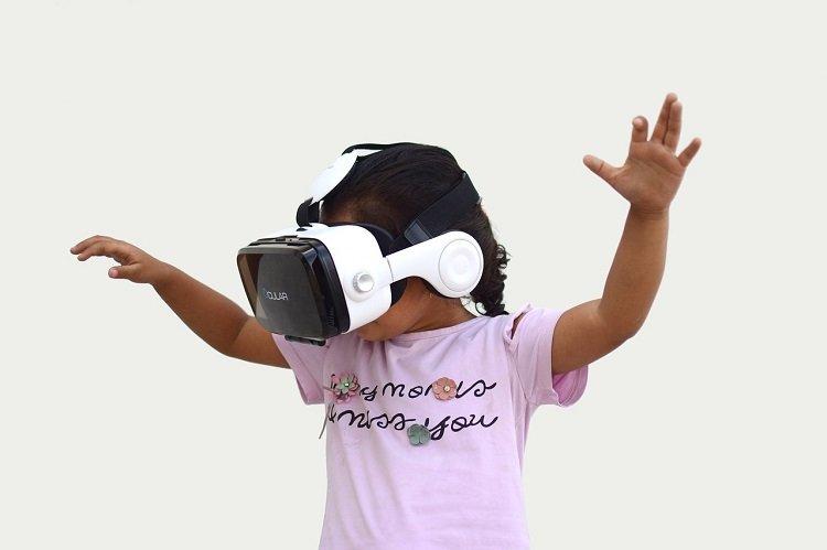 Dzieci lepiej radzą sobie w rzeczywistości wirtualnej, niż dorośli