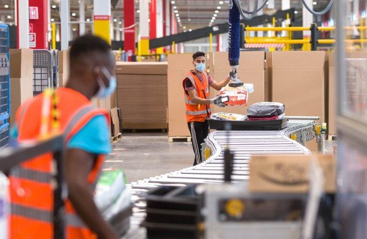 Amazon ogłasza otwarcie Europejskiego Laboratorium Innowacji, gdzie będzie rozwijać nowe technologie wspierające pracowników