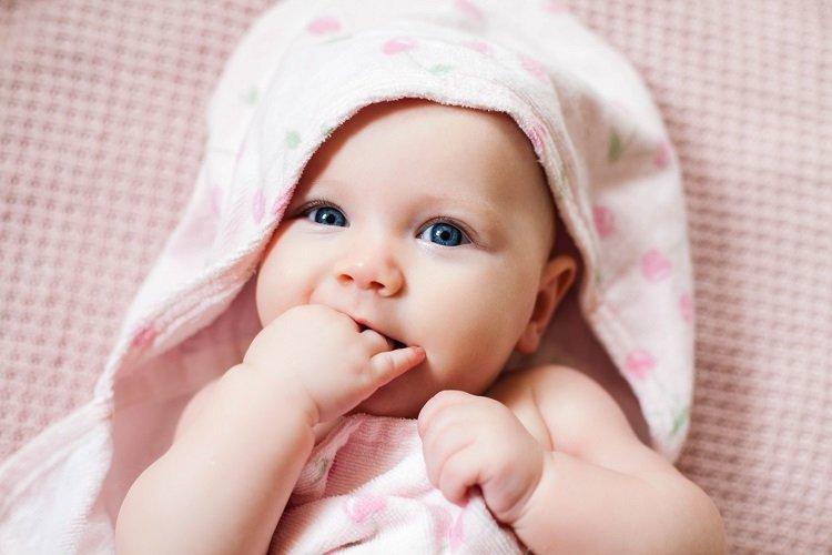 Pokarmy, których nie należy dawać niemowlętom